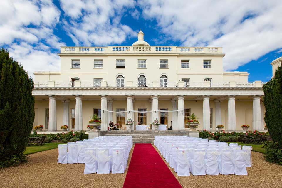 Outdoor Stoke Park Club Weddings in Your Berks, Bucks and Oxon Wedding Magazine