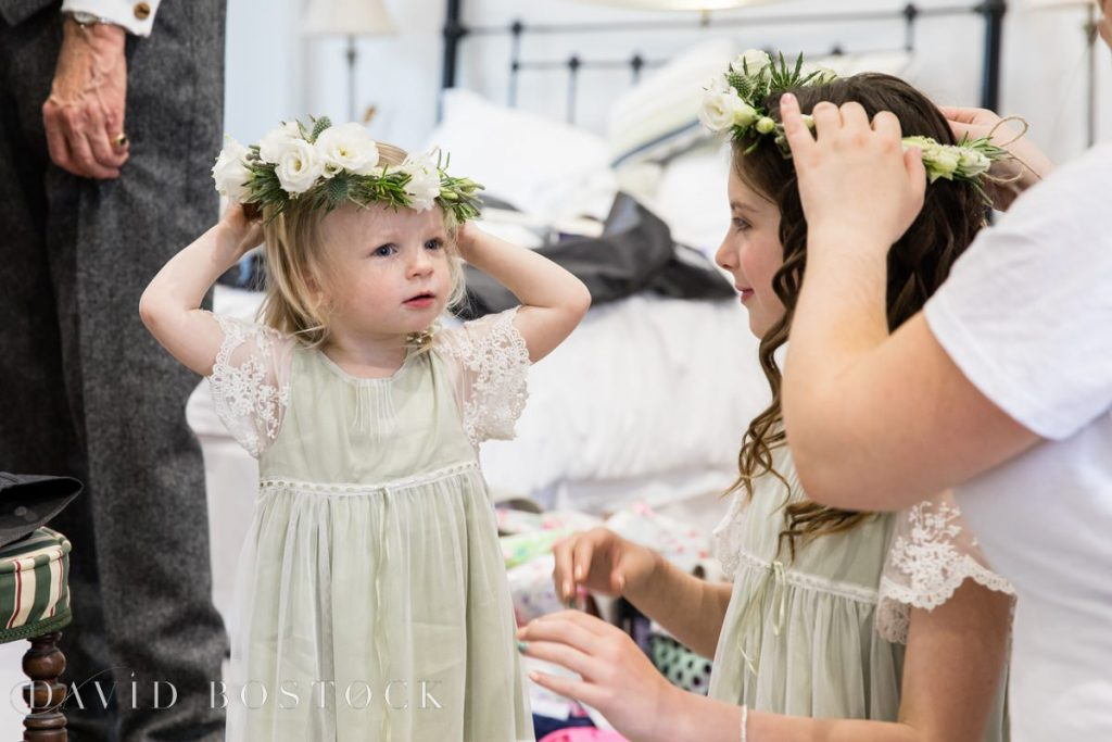 flower girls with head bands