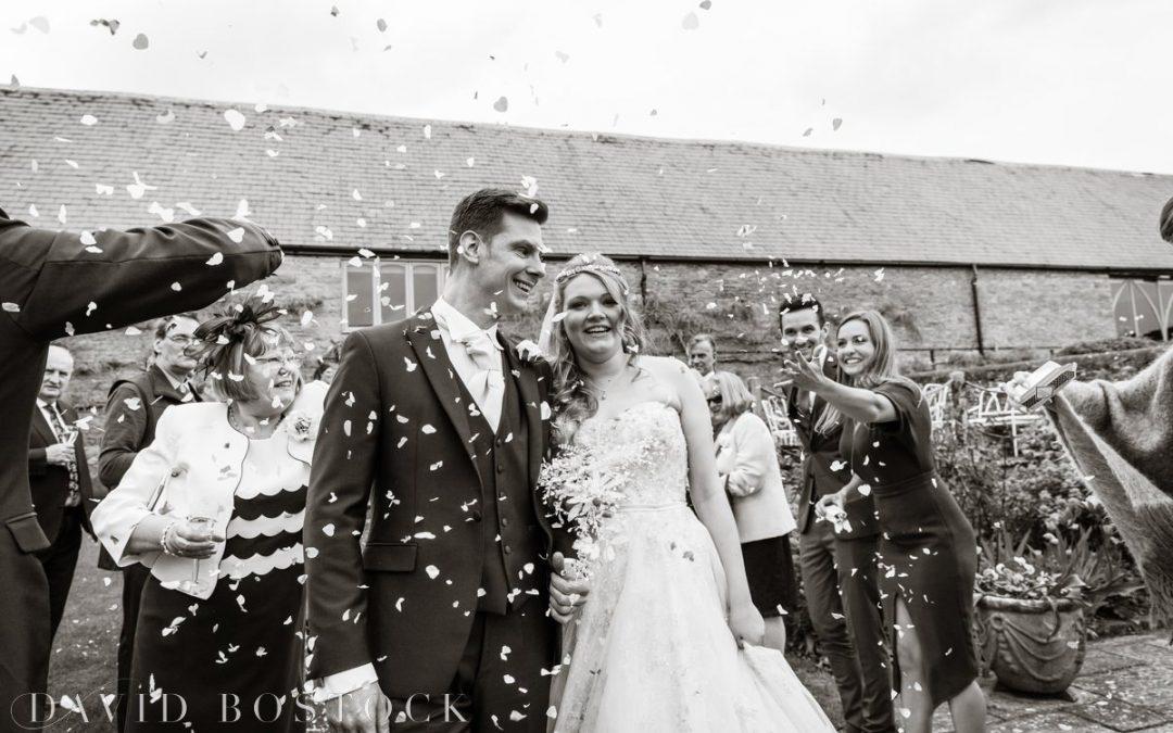 The Great Barn Aynho Wedding | Oxfordshire Photographer | Gemma & Ross