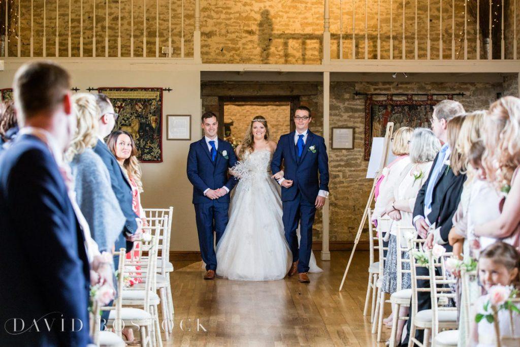 bride coming into ceremony
