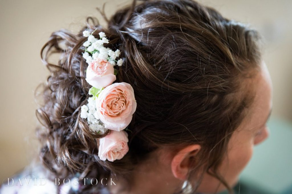 Caswell House Spring Wedding flowers in hair