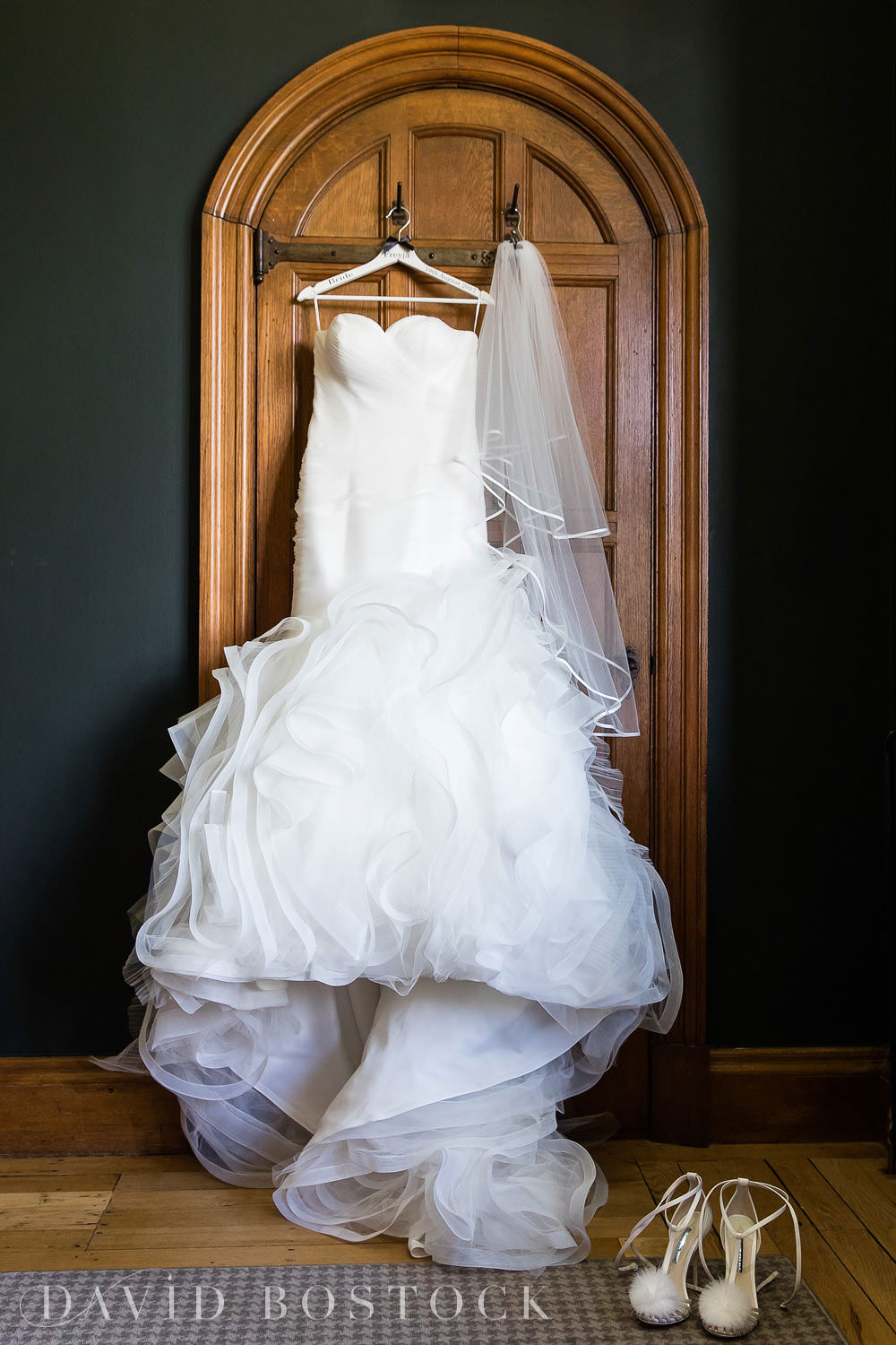 Eynsham Hall bridal wedding dress