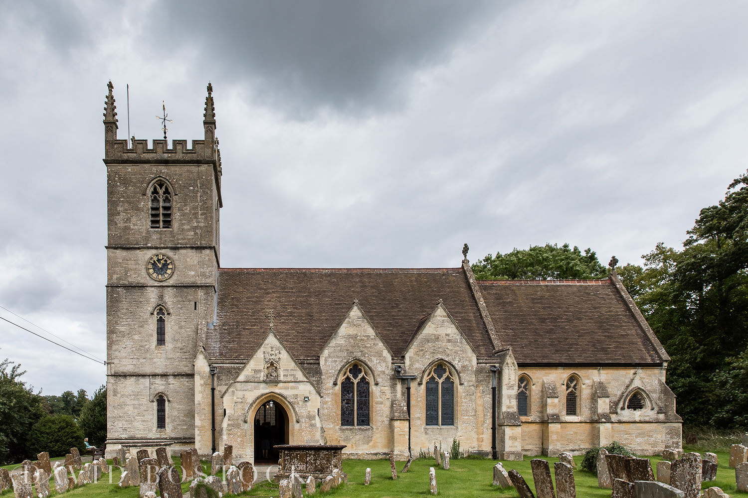 St Martins Church Bladon wedding photograph