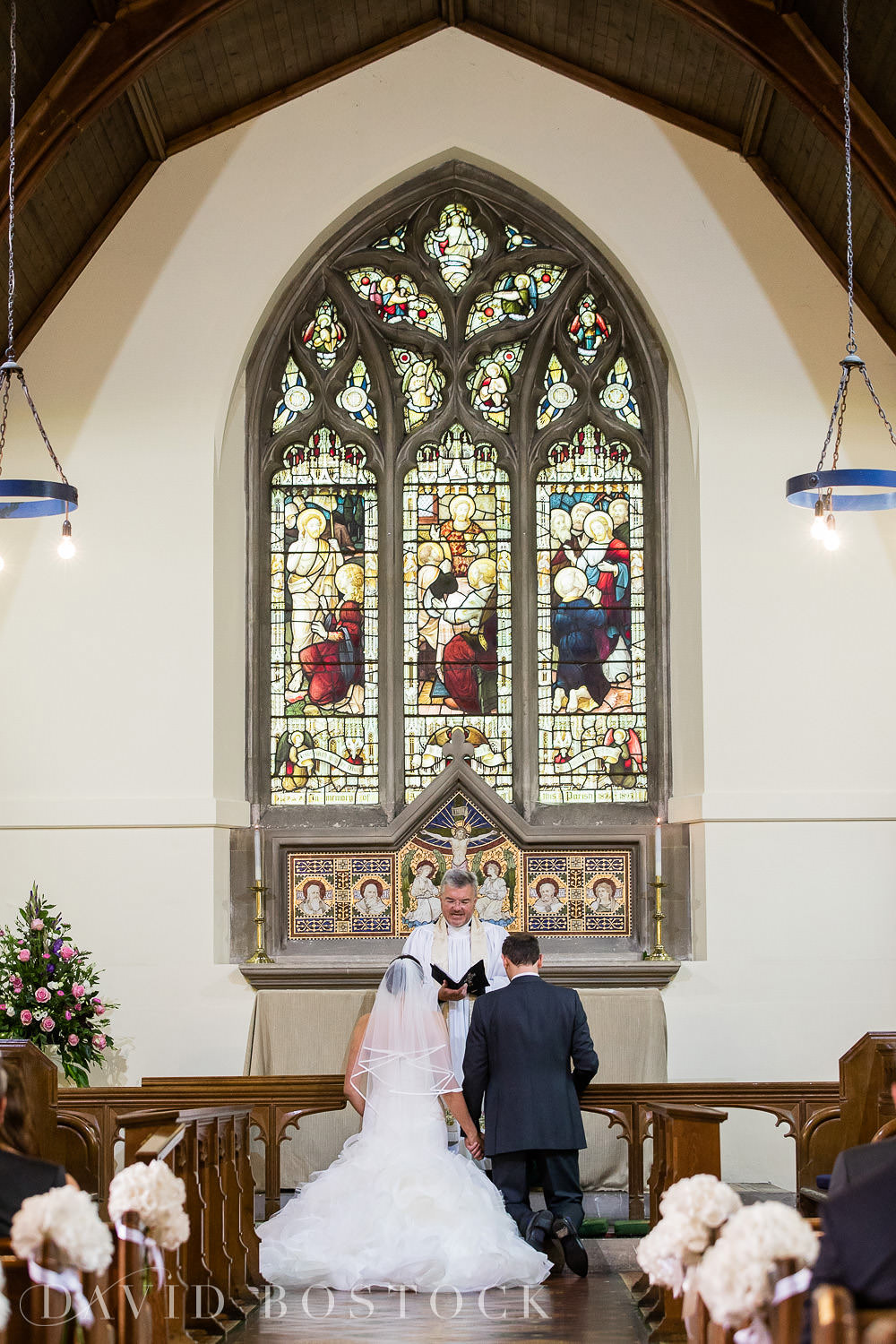 Oxfordshire church wedding photography