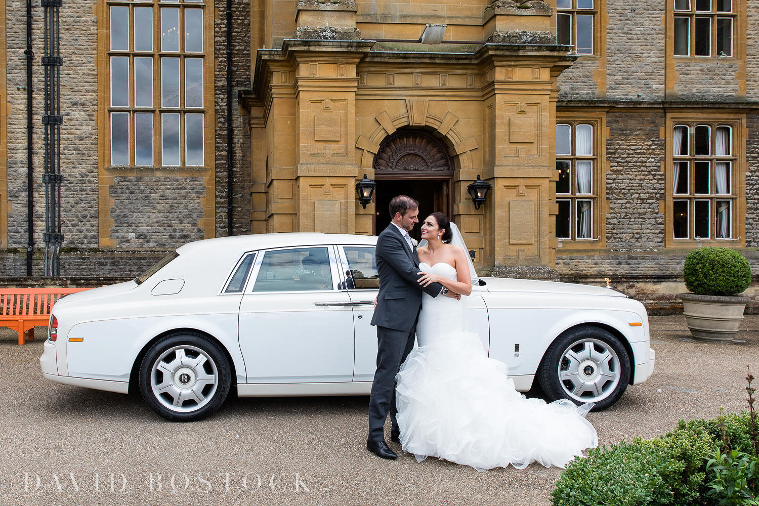 Eynsham Hall wedding car photo