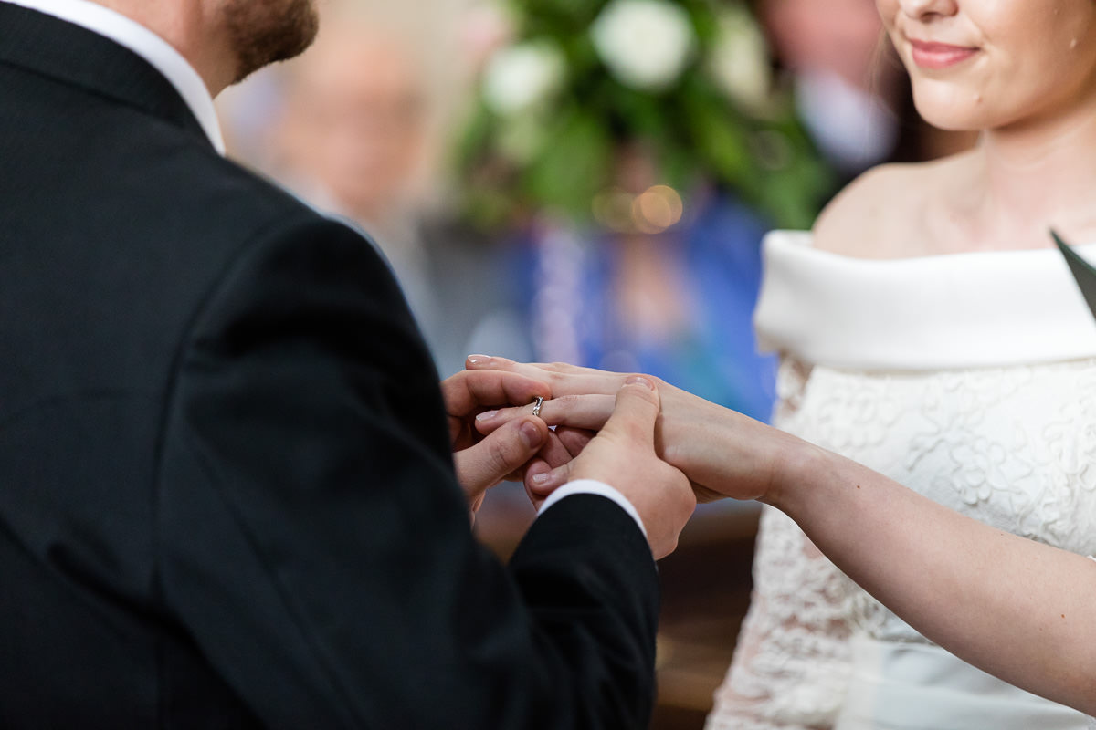 Ardington House wedding exchanging rings