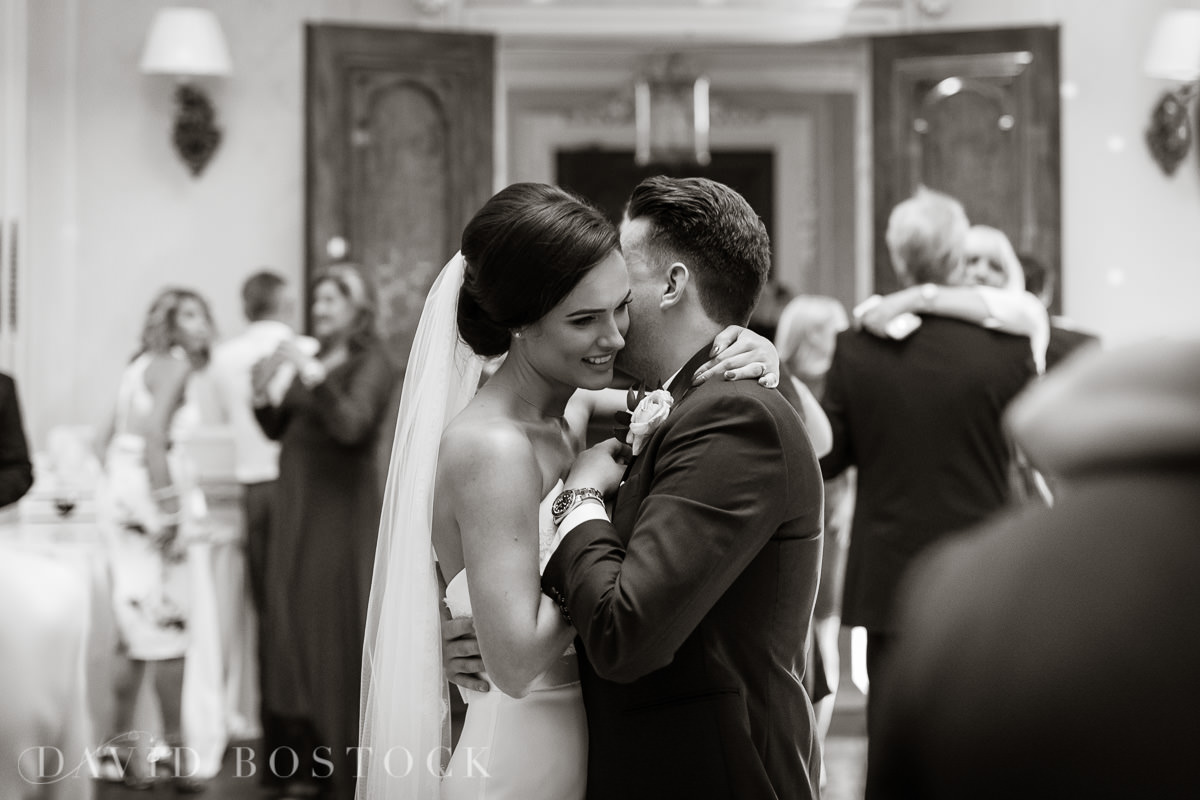 Hedsor House wedding first dance kiss
